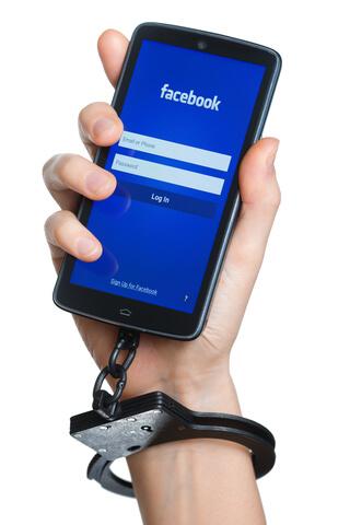 Facebook Posts erreichen weniger Nutzer, Hass regiert weiter
