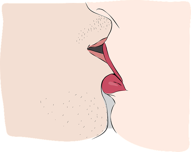 kiss-1585224_640 (1)