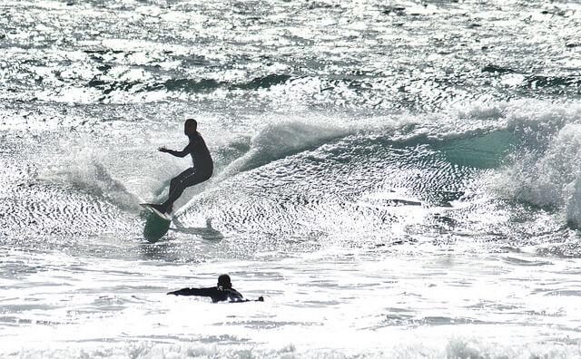 Sommer, Sonne, Surfen