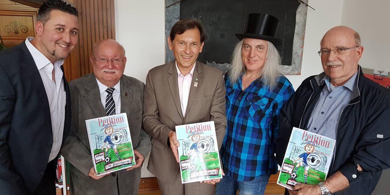 Termin beim Oberbürgermeister zur Petitionsübergabe Horststadion