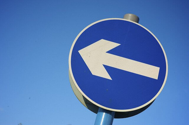 Die Autoversicherung außerhalb der Frist kündigen – geht das?