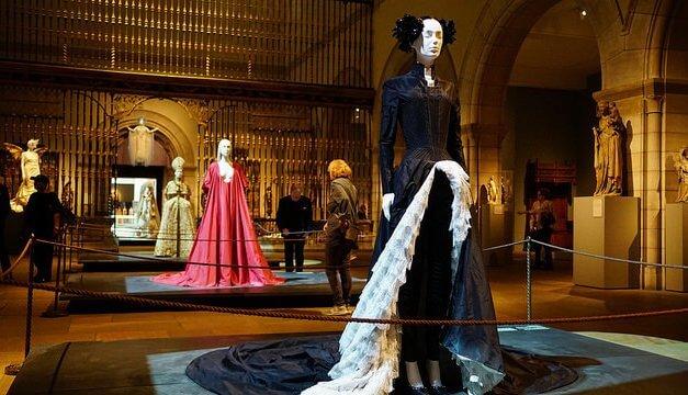 Heiraten im teuersten Kleid der Welt?